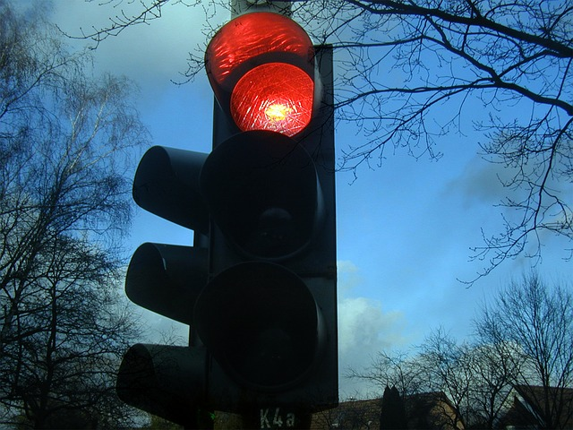 what if i had an automobile accident due to faulty traffic lights