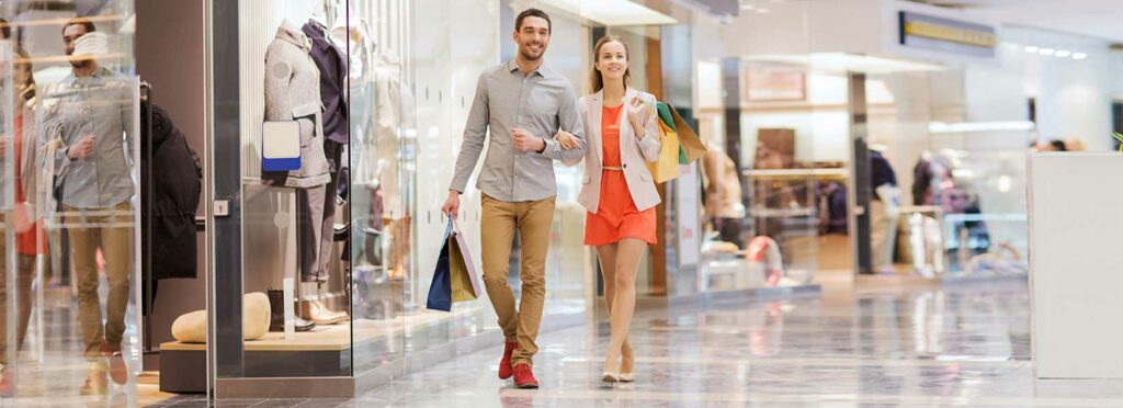 couple shopping fall at a mall