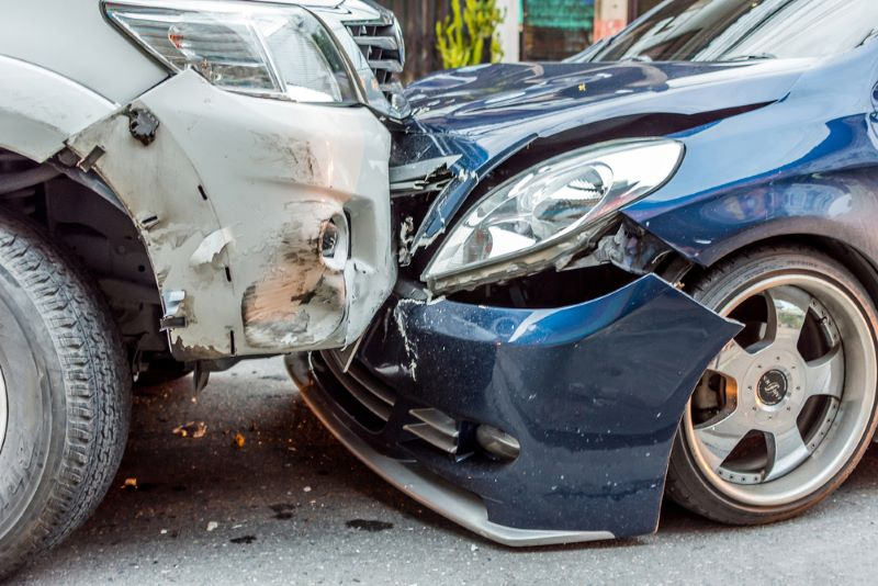 car-crash-claims-without-license